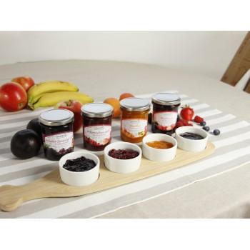 l'assortimento di vasetti di frutta da spalmare Gustos