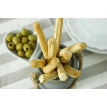 Grissini alla segale con olive verdi