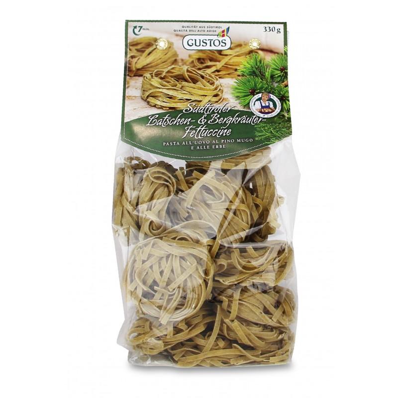 Fettuccine con erbe di montagna e pino mugo