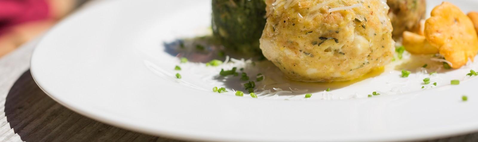 Canederli e Spatzle, i primi piatti più famosi dell'Alto Adige
